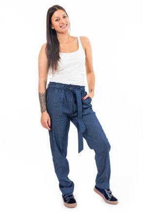 Pantalon jean denim carotte original zoom